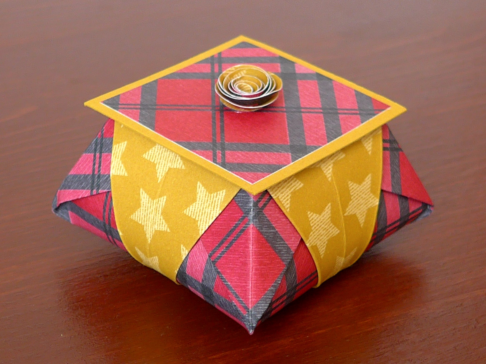 origami star box mit video anleitung kreativwerkstatt. Black Bedroom Furniture Sets. Home Design Ideas